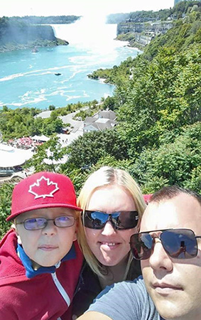 The Wrays Canadian Selfie
